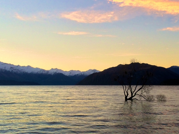 Lake Wanaka at sunset